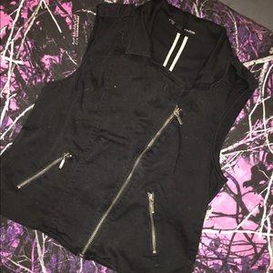 Zip up vest